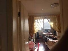 3室2厅1卫117m²中档装修(轿车库另卖)