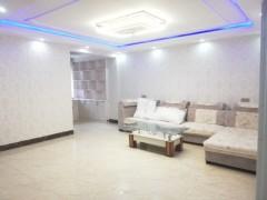 (南部新城)水木清华3室2厅2卫134m²精装修