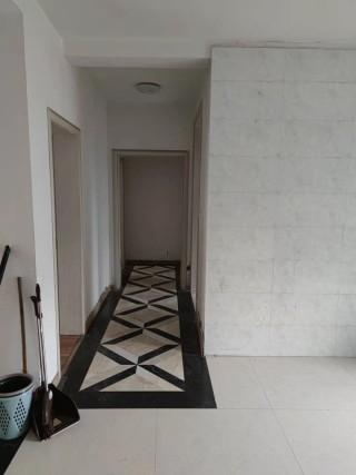 (南城区)欧洲城3室2厅2卫130m²简单装修