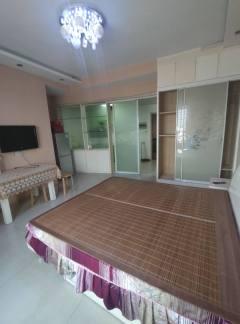巴黎新城公寓出租1万2每年